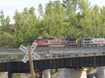 BNSF 997 leads an EB piggyback at 4:34pm