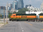BNSF 2291 leads a NB light power move at 4:44pm with the KC skyline in background