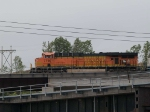 BNSF 7716 leads a EB manfiest at 7:10pm