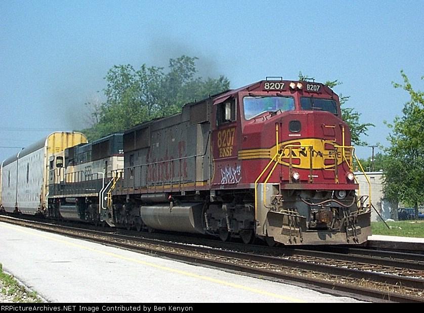 BNSF 8207