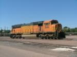 BNSF SD70MAC 8880