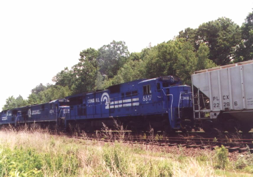 CR 6617 on a freight