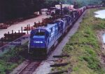 CR 6553 leads other GE and lots of boxcars