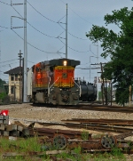 "BNSF 5365 rides ""Southern Style"" up the Huey"