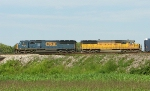 CSX 8729 and UP 2194