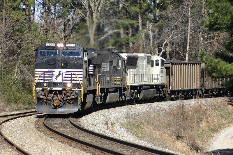 NS Coal Train 702 winds around on the ex-CofGa main