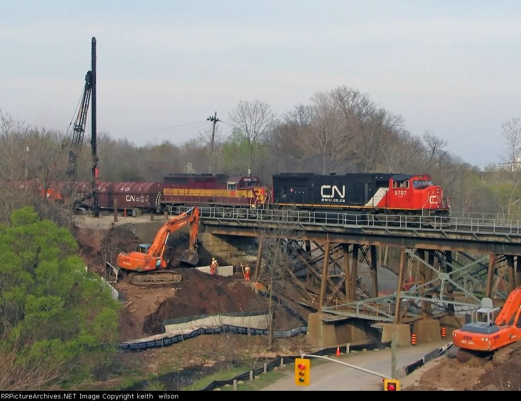 CN 5707 & WC 3007 crossing Hidden Valley