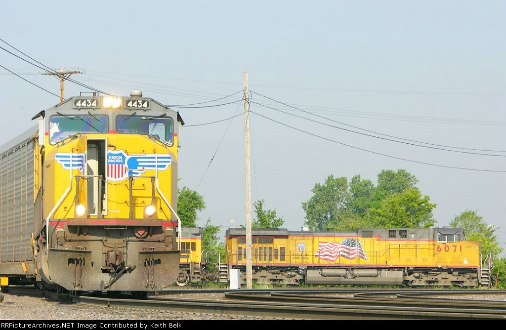 UP 4434 and 6071