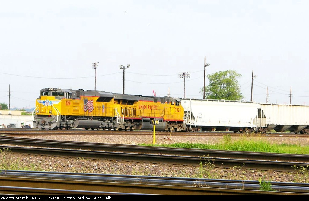 UP 8391 and 7325