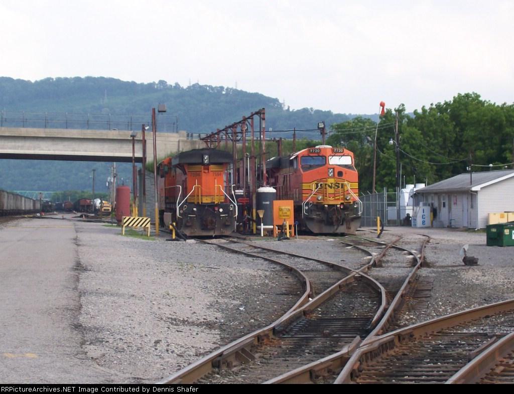 BNSF 7720