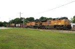 UP 8461 on CSX W873