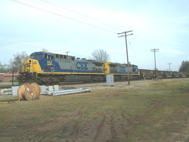 CSX 552 leads a coal train