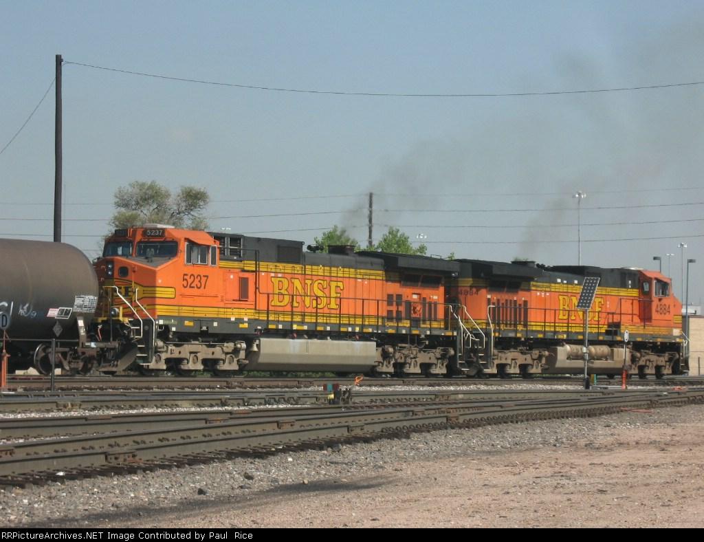 BNSF 5237