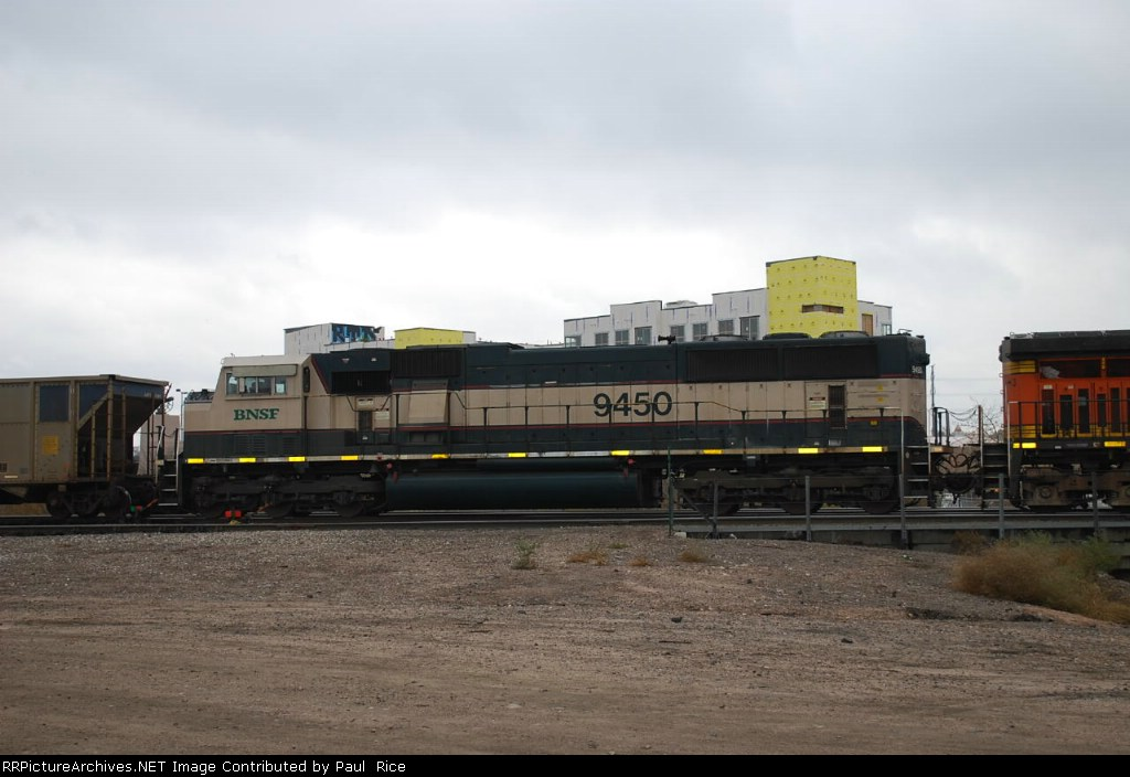 BNSF 9450