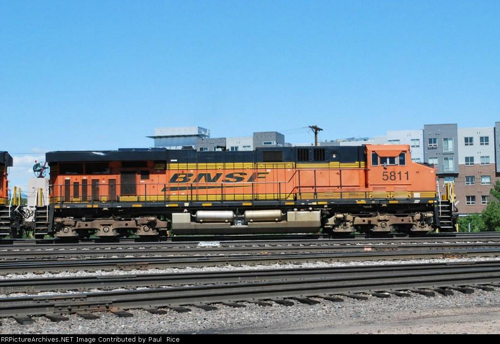 BNSF 5811 Coal Train Helper