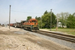BNSF 8635 on work train