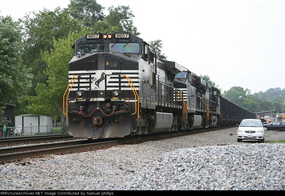 NS 976 pushing onother east bound coal train