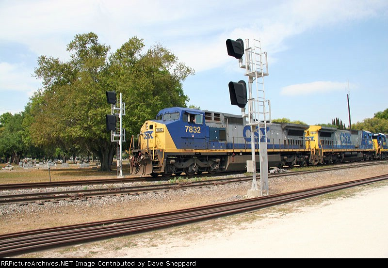 Q453 at Plant City siding