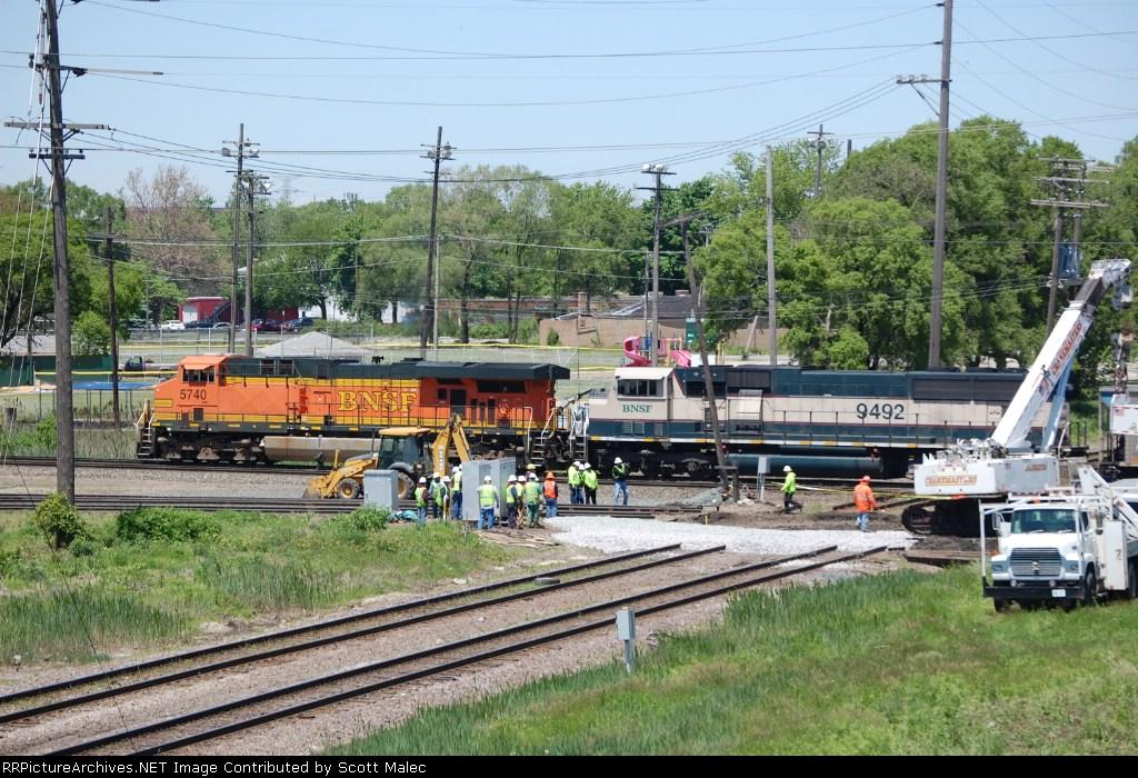 BNSF 5740 & 9492