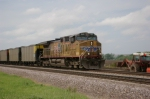 A Dirty UP 5819 Leads EB Coal Loads
