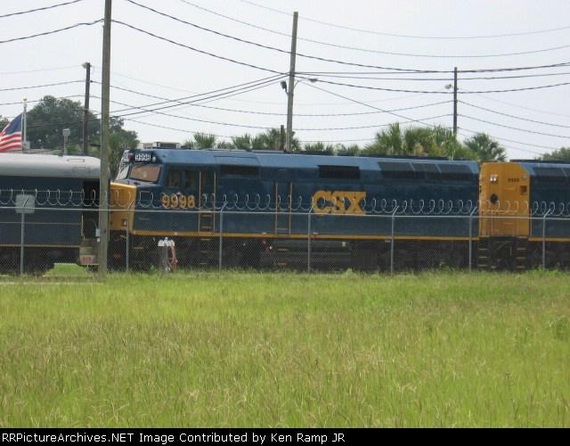 CSX #9998
