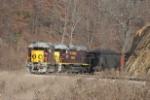 OC GLT loads a train at Buckingham's Burr Oak mine