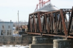 OHCR 4023 pulls a coal train across the B&O bridge