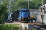 OHCR 4095 with two empty trash cars adn 4097 trailing