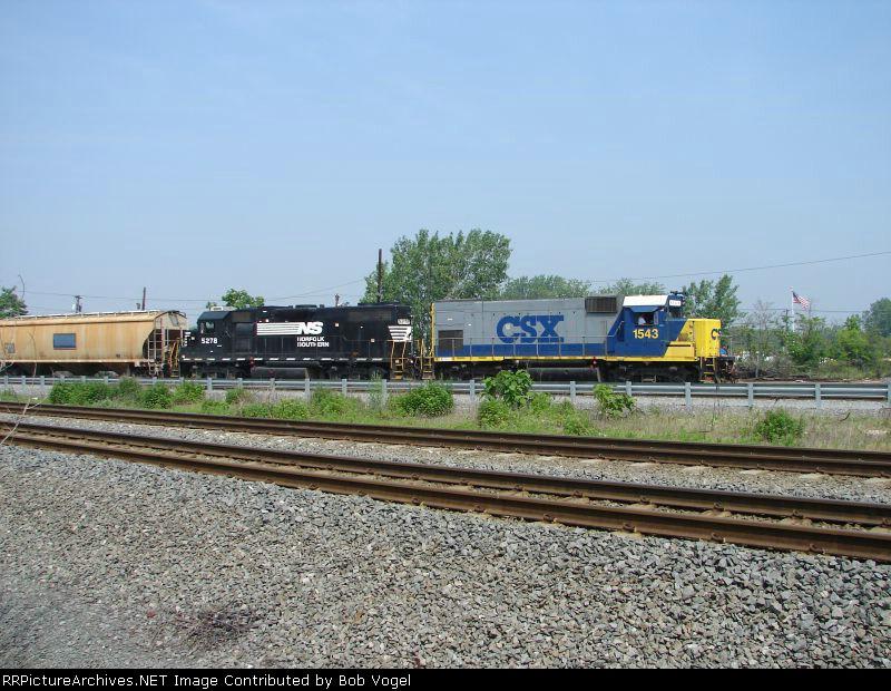 CSX 1543 and NS 5278