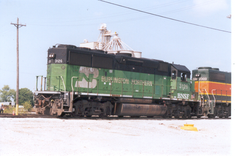 """BNSF 3126 with only """"BNSF"""" subletters"""