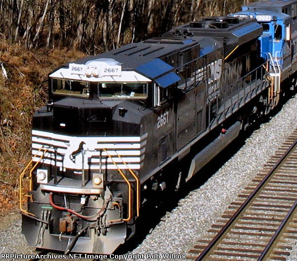 Top Front View of SD 70m-2