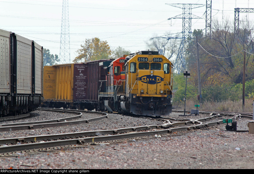 BNSF 3164 sits tied down on the North Saint Louis local.