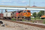 BNSF 7866 leads the GALMAD train into madison yard.