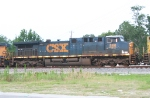 CSX 566 on NB phosphate train