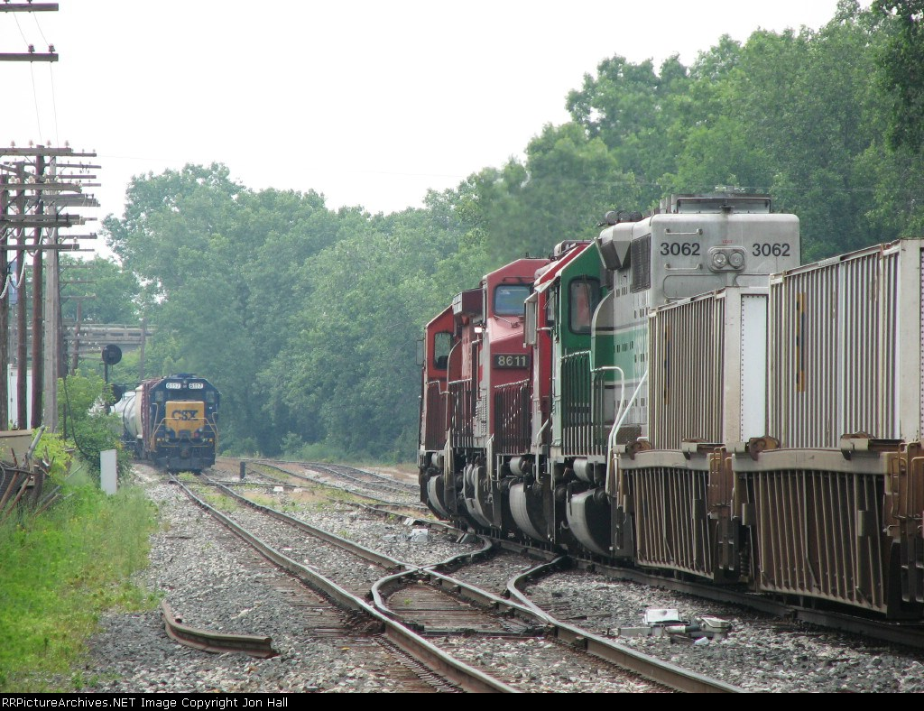 X741 and D700 stare at each other across Lamar