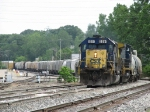 CSX 8511 & 7363 lead a monster 137 car, 8100 foot Q335-19 into the yard