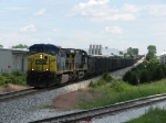 N906-17 rolls west behind CSX 537 & 467