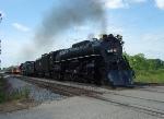 MILW 261 steams across Ontario Street