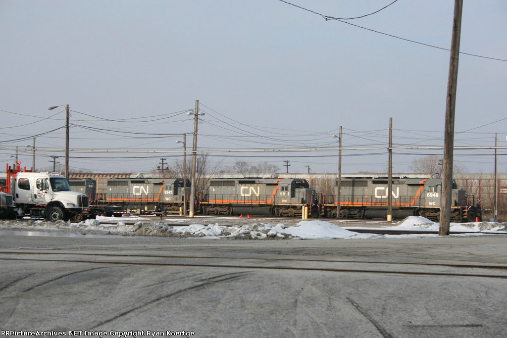 WC 6909, 6941, 6911, 6948 in CN colors.