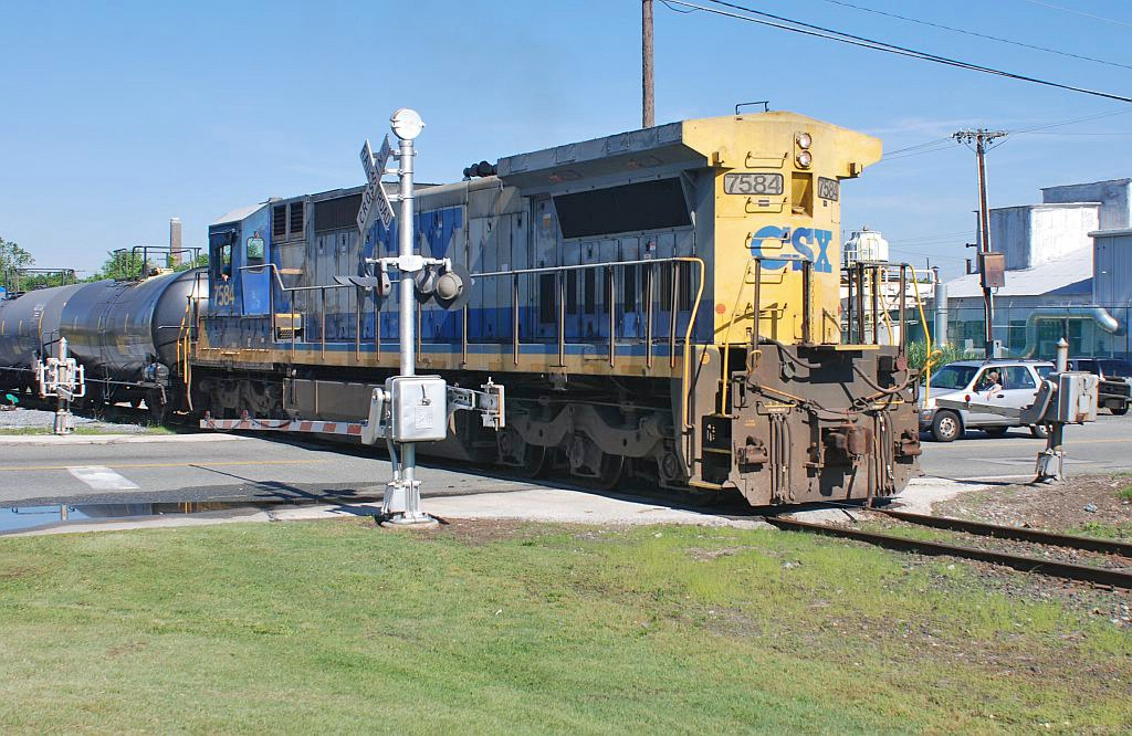CSX - then I received a friendly wave from the engineer.