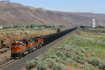 BNSF U-LAURBE0-13T - Loaded Coke train