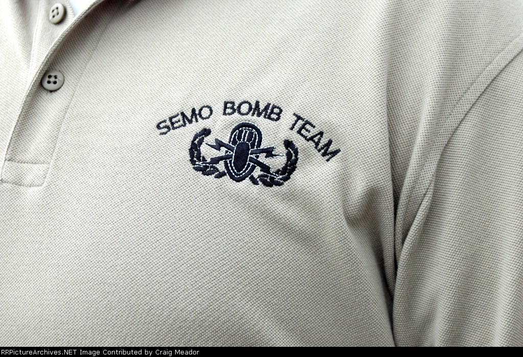 Bomb Team logo