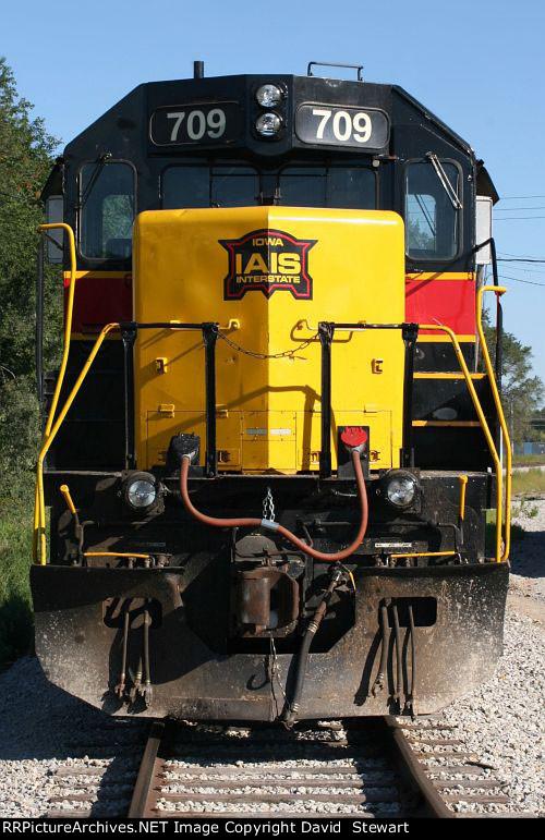 IAIS GP38-2 709