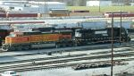 BNSF 4372 and NS 2572