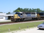 CSX 8091 leads a Southbound