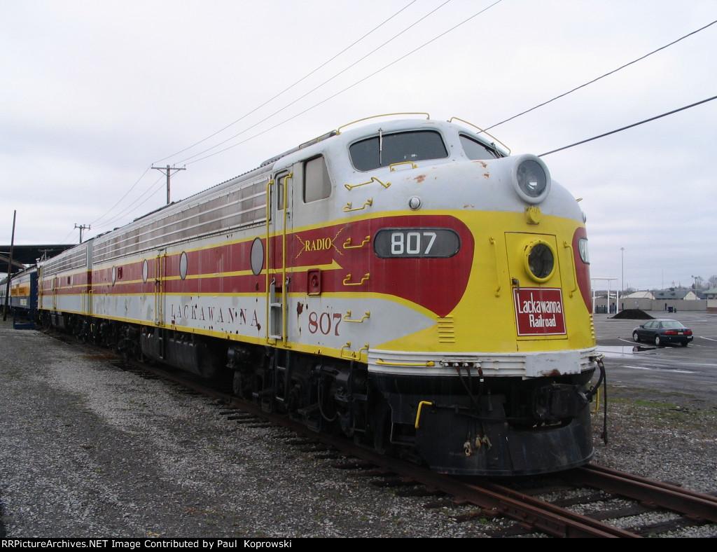 DLW 807