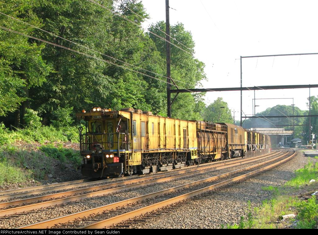 RMS 10 passes through Woodbourne
