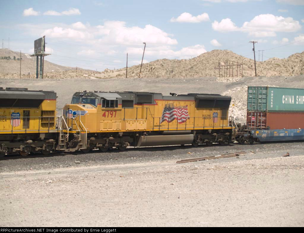 UP 4797 #2 power in a WB doublestack IDILB at 2:52pm