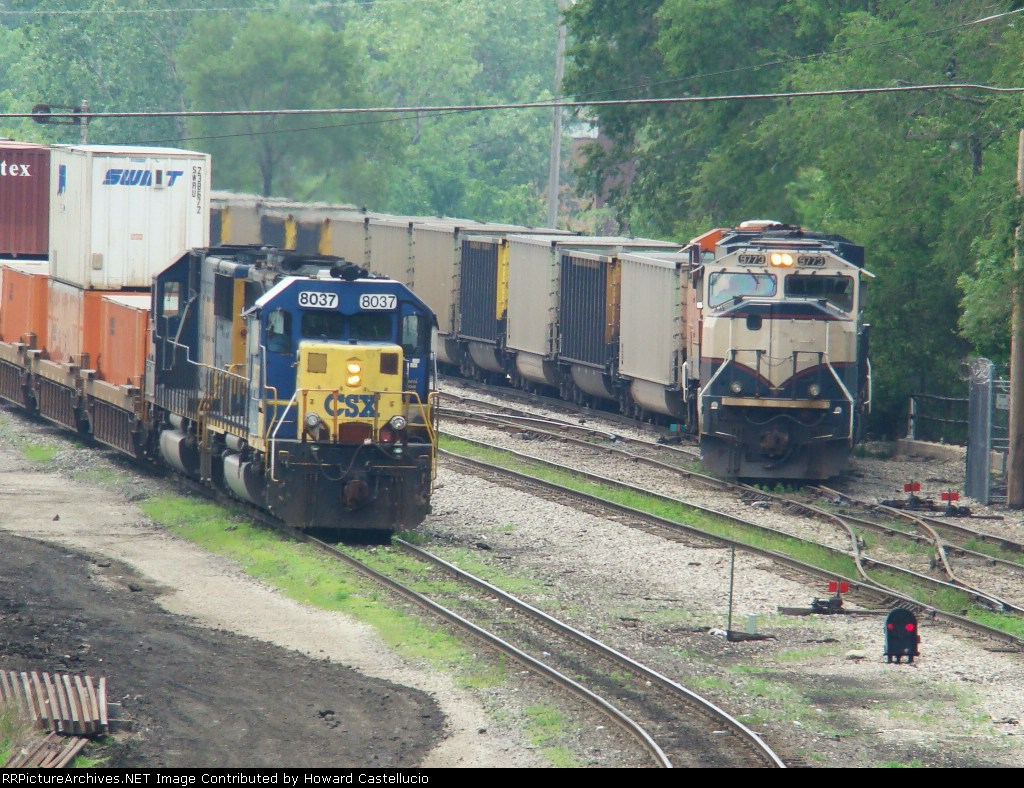 CSX stack train and BN mty coal train meet on the B&OCT @ 51st Int.