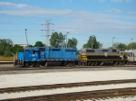 Fmr CR Gp38 and BRC Gp #38 582 on the South Chicago job @ Clearing yd